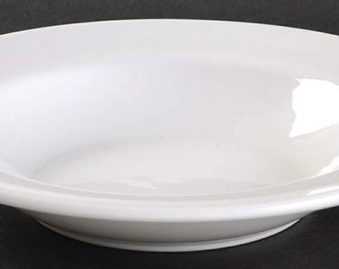 Vintage (mid 1990s) Royal Doulton Capital White all-white Hotelware    Restaurantware rimmed cereal, soup, salad bowl.