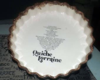 Vintage (1960s) Quiche Lorraine pan.  Crimped sides, recipe in center.  Made in Japan.