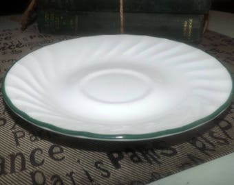 Vintage (1995) Corelle Corningware Callaway pattern orphan saucer only (no cup). Green edge, white ground. USA.