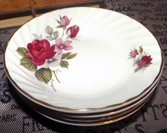 Mid-century (1950s) Ridgway Pottery | Ridgways Rougemont fruit nappie, dessert, sauce or berry bowl. 22-karat gold edge. Red roses.