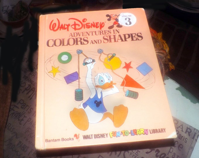 Vintage (1984) Walt Disney Mickey Mouse Volume 3 Fun-to-Learn Library Adventures in Colors and Shapes hardcover children's learning book.