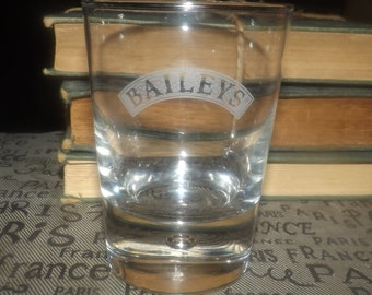 Vintage (mid 1990s) Baileys Irish Cream tulip-shape glass. Etched-glass wording. Commercial quality, weighted base.