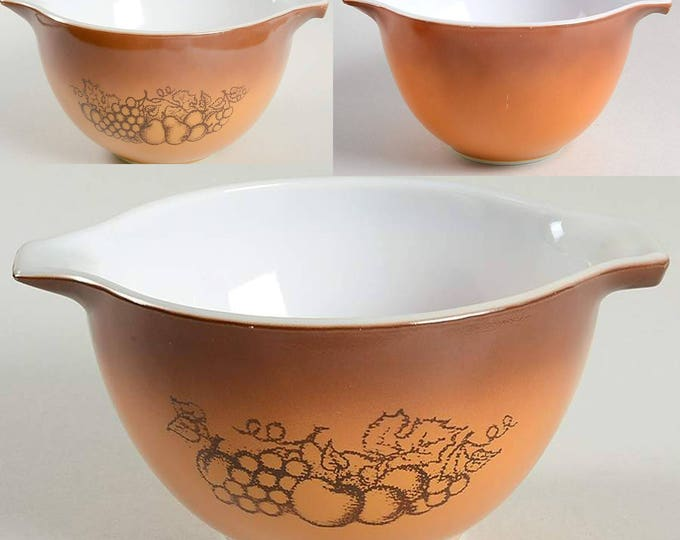 Set of 3 vintage (1970s) Pyrex Cinderella handled nesting | mixing bowls in the Old Orchard pattern. Brown with etched-glass fruit imagery