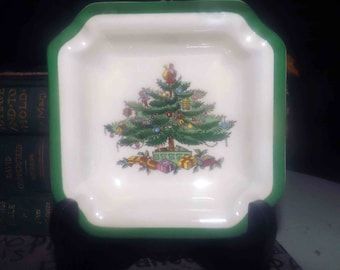 Vintage (1986) Spode Christmas Tree S3324 square ashtray.  Christmas tree graphic, green edge, 4 cigarette holders.
