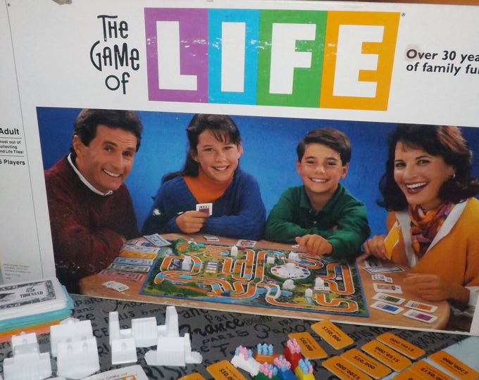 Vintage (1991) Game of Life board game published in Canada by Milton Bradley. Incomplete (see below).