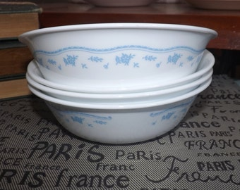 Set of 4 vintage (1970s) Corelle | Corningware | Corning USA Morning Blue cereal bowls. Small blue flower garland, blue lines, dots