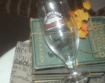 Vintage (1980s) Innis & Gunn Scotland oak-aged beer half-pint stemmed beer glass.  Etched-glass logo and wording.