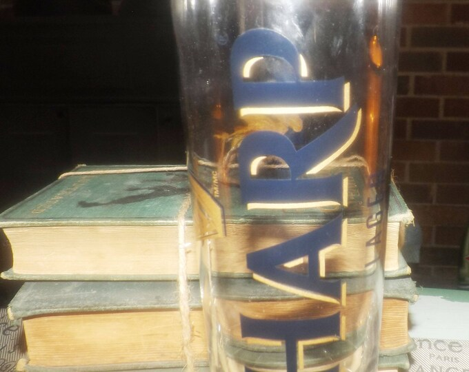Vintage (early 1990s) HARP Ale | Lager pint glass.  Etched-glass logos, text. Embossed HARP logo to base.