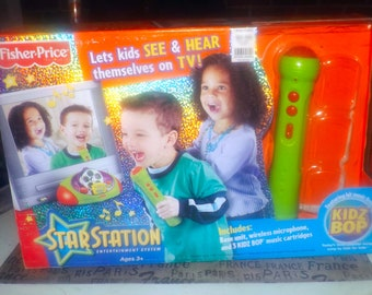 Fisher Price Star Station Kids | Toddlers Entertainment System original box, instructions. Made in 2005.  Incomplete (see details below).
