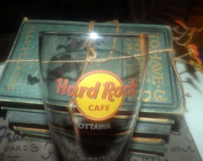 Vintage (mid 1990s) Hard Rock Cafe Ottawa, Ontario, Canada etched-glass beer pint glass. Tapered shape, weighted base.
