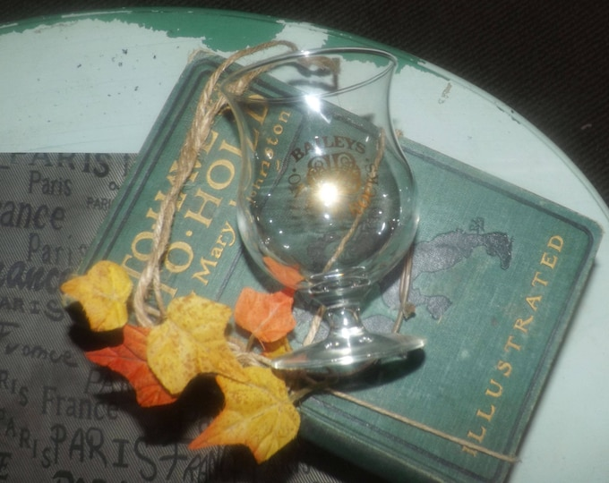 Vintage (mid 1990s) Bailey's on-the-rocks, fluted body, stemmed glass   snifter. Gold Bailey's logo, wording.