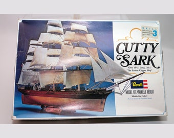 Vintage (1979) Revell Cutty Sark ship model kit 5401. Complete with instructions.