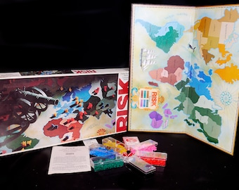 Vintage (1975) Risk Board Game published by Parker Brothers. Complete with instructions.