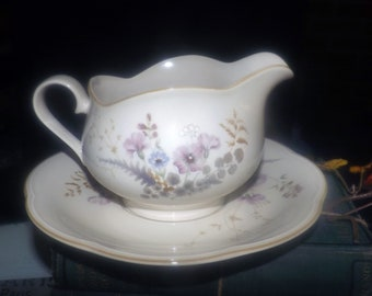 Vintage (1980s) Mikasa Japan Cheryl EJ953 large gravy boat with separate, round under-plate. Lilac lavender florals. Hard to find.