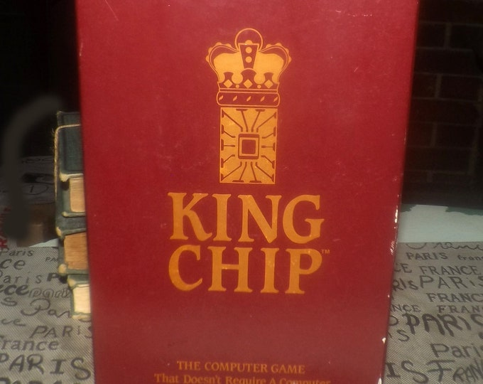 Vintage (1985) King Chip board game published by XYLYX Computer Entertainment Ltd.  Made in Canada. Complete.