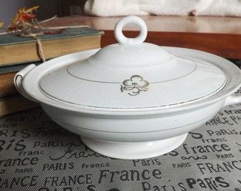 Antique (1913) Johnson Brothers | Alfred Meakin MEA409 covered handled vegetable serving bowl | tureen. Gold tea leaf, gold band.