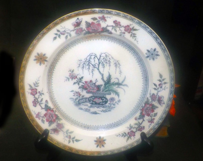Antique Aesthetic Movement Furnivals Ceylon pattern 7010 Chinoiserie dinner plate. Made in England.