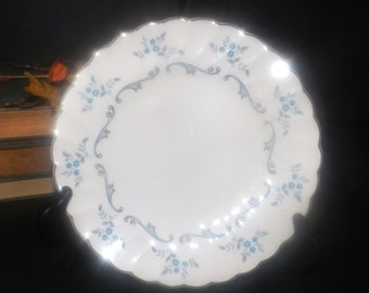 Mid-century (1950s) Myott Trousseau salad or side plate. Blue-grey flowers swirls, platinum edge.