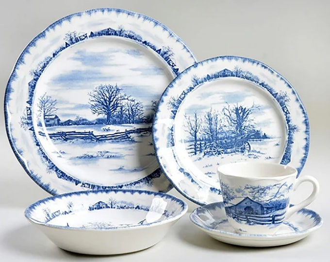 Vintage (1990s) International Tableworks Riverwood blue-and-white tableware made in England. Choice of pieces.