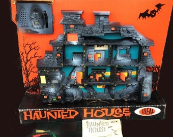 Vintage (1962) hard to find Ideal Toy Haunted House game | playset #2512-2.  Complete with instructions.