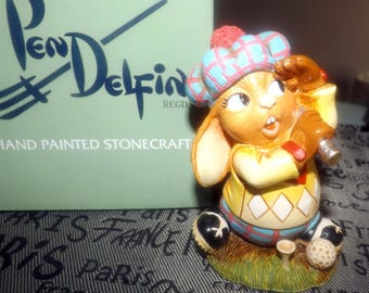 Vintage (1990s) PenDelfin Monty the Golfer PD109. Hand-painted stonecraft, original box and label.