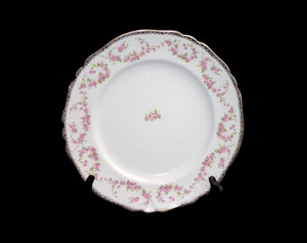 Vintage (1930s) Alfred Meakin Harmony Rose hand-decorated dinner plate made in England. Sold individually.