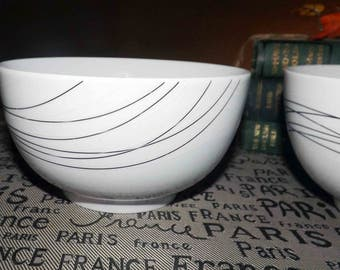 Mikasa Unraveled pattern cereal, soup, salad bowl.  Black curved lines on white. Discontinued 2007. Gourmet Basics.