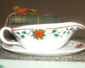 Vintage (1992) Royal Heritage RHR8 | Holiday Heritage pattern Christmas gravy boat and oval under plate. Red Poinsettias, berries, holly.