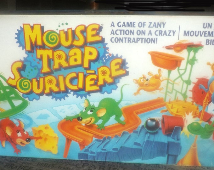 Vintage (1994) Mouse Trap board game published by Milton Bradley as game C4657. Canadian English | French issue. Almost complete (see below)