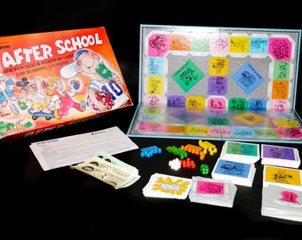 Vintage (1989) Waddingtons After School board game. Quiz and business knowledge game for budding tycoons. Incomplete (see below).