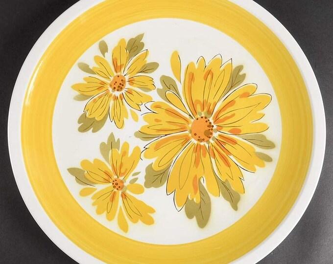 Vintage (1970s) Mikasa Cera-stone Daybreak D1351 pattern large dinner plate. Huge bursts of yellow daisies, greenery, yellow border band.