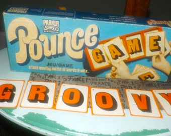 Vintage (1973) Pounce board game published in Canada by Parker Brothers. Incomplete (see details below).