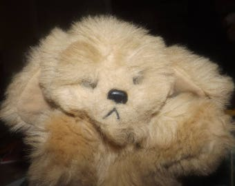 Vintage (1981) Gund puppy dog hand puppet. Made in Korea.