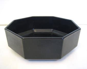 Vintage (1980s) Arcoroc | Arcopal | Luminarc Novoctime all-black glass soup, cereal, or salad bowl. Octagonal shape, all-black glass.