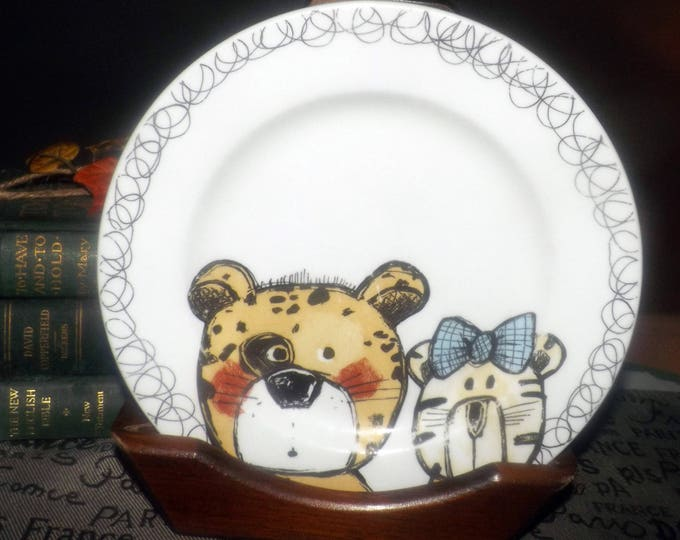 Vintage (early 1990s) My Very Own Dinner Set child | toddler plate. Cartoon illustrations of blushing teddy bear, kitten with bow. Too cute.