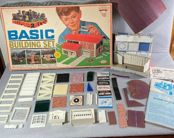 Vintage (1968) Ideal Toys Super City Basic Building Set Architecture Motorific Set. Made in USA. Complete.