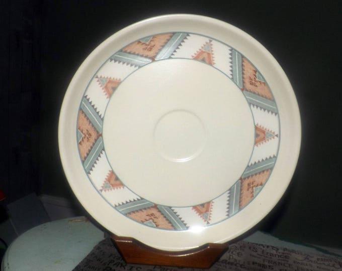 Vintage (1980s) Mikasa Santa Fe CAC24 round chip dip, crudite or nacho platter. Southwest border band, depression for bowl. Intaglio line