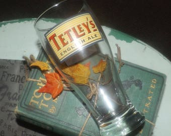 Vintage Tetleys English Ale pint glass.  Etched-glass wording and artwork, Union Jack. Great man gift!