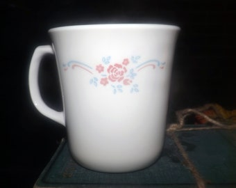 Vintage (mid 1990s) Corelle | Corning USA English Breakfast coffee or tea mug. Pink florals, wavy blue and pink lines.