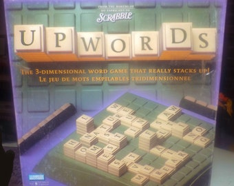Vintage (1988) Scrabble Upwords board game by Hasbro. Published in Canada by Parker Brothers. English | French edition. Complete.