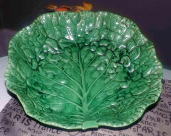 Vintage (1980s) Bordallo Pinheiro hand-crafted figural grape leaf salad | serving bowl 855-B. Made in Portugal.