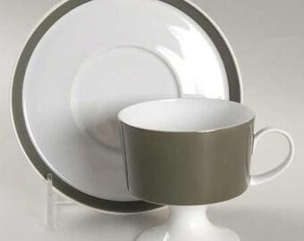 Vintage (1967) Rosenthal Olive pattern trio of tea set (stemmed cup and saucer) and 1 dessert | side plate.