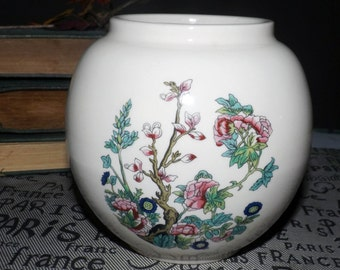 Late mid-century ( late 1950s) Sadler Indian Tree spoon vase, spice jar, open ginger jar. Chinoiserie.