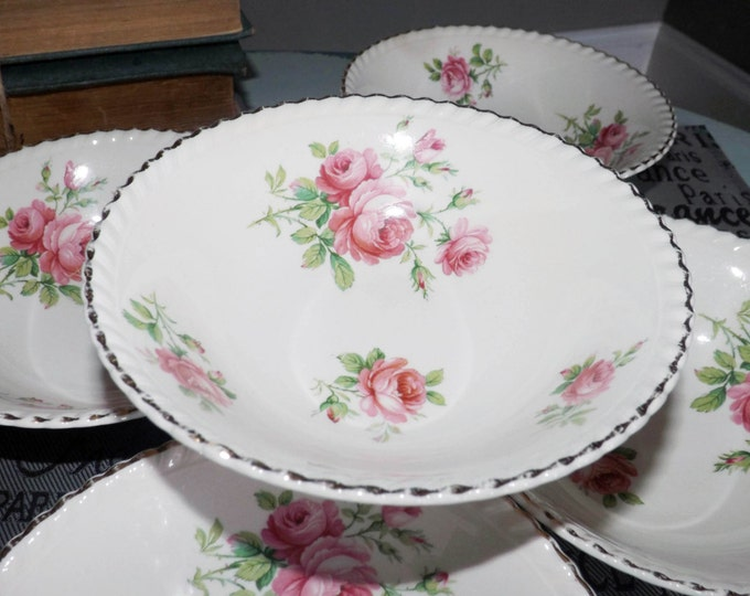 Almost antique (1920s) Johnson Brothers Old English Miniver Rose coupe cereal bowl. Gold gadroon edge, pink roses, greenery.