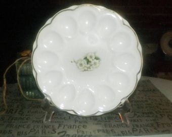 Early mid-century (1940s) Georgian China Spring Blossom deviled egg serving plate. 22-karat gold edge Made in USA.