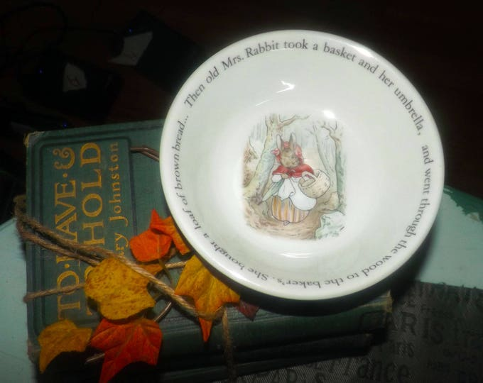 Vintage (1970s) Wedgwood Peter Rabbit child's cereal, oatmeal or porridge bowl. Mrs. Rabbit with basket to bakers.