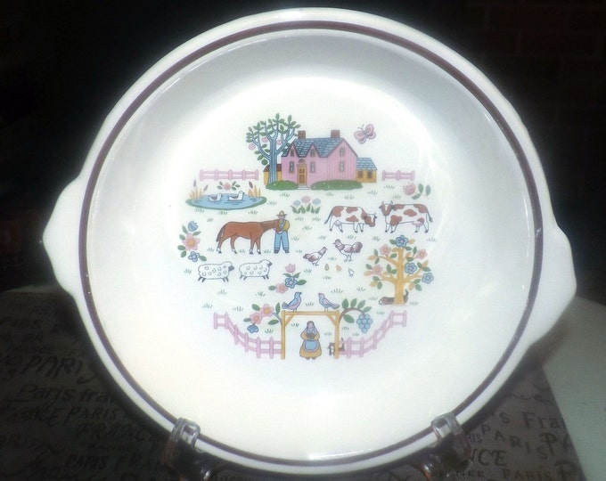 Vintage (1980s) Country Home | Country House round baker | casserole. International | Jamestown Japan. Farm animals, pink house, brown rim.
