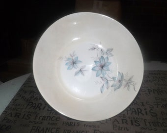 Mid-century (1950s) Johnson Brothers JB560 open vegetable serving bowl. Blue pink gray flowers. Snowhite Regency ironstone.