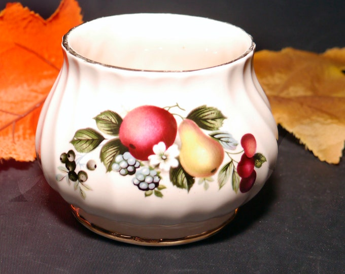 Vintage (1930s) Sadler 7482 hand-decorated open sugar bowl. Fruit and flowers gold edge. Made in England.