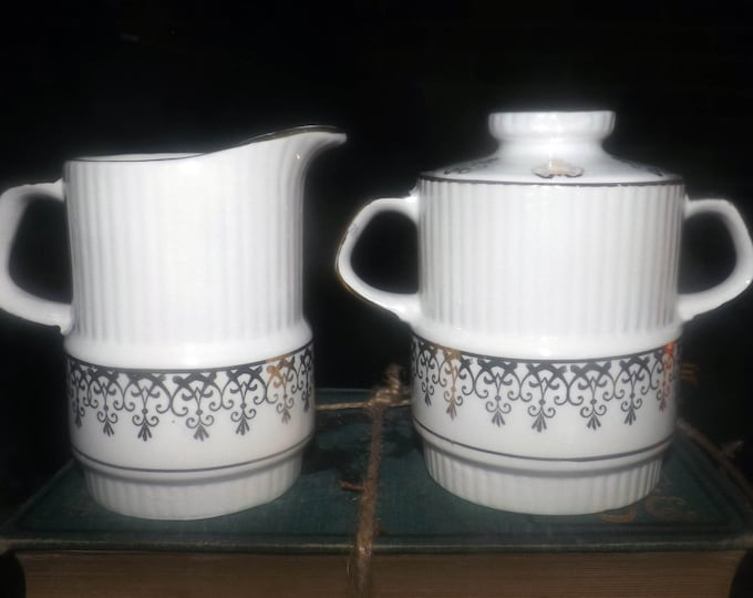 Early mid-century (1940s) Gibsons England hand-decorated W907   W797 creamer or covered sugar bowl. Abundant gold, gold scrolls.